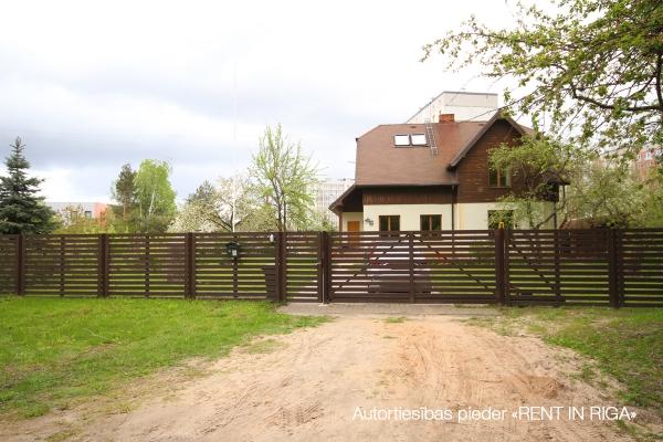 Pārdod māju, Baltinavas iela - Attēls 1