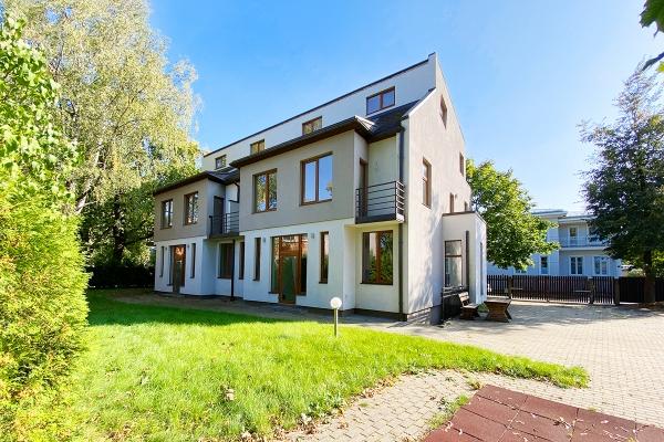 Pārdod māju, Vāveres iela - Attēls 2