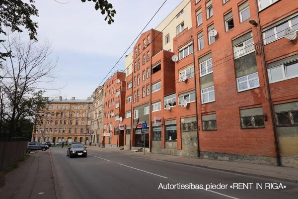 Iznomā tirdzniecības telpas, Firsa Sadovņikova iela - Attēls 1