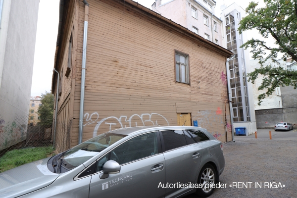 Pārdod māju, Brīvības iela - Attēls 4