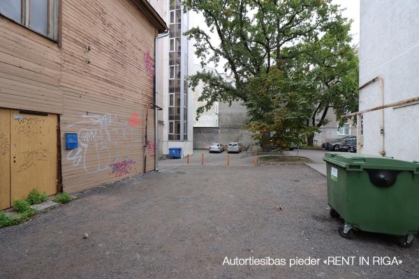 Pārdod māju, Brīvības iela - Attēls 5