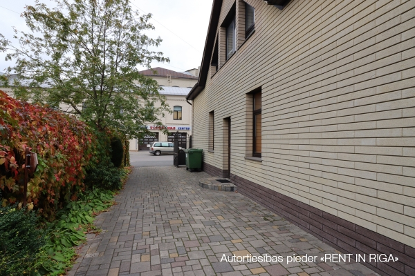 Pārdod māju, Dārzaugļu iela - Attēls 25