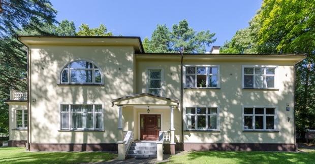 Pārdod māju, Visbijas prospekts iela - Attēls 1