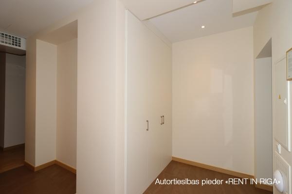 Izīrē dzīvokli, Rembates iela 4 - Attēls 15