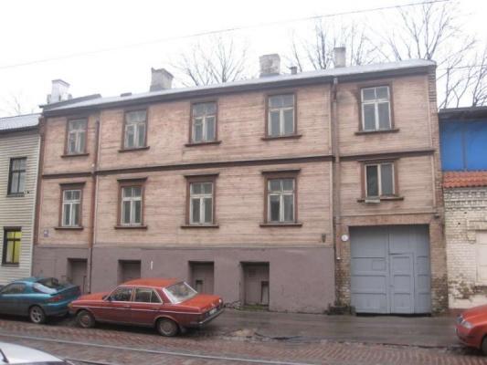 Pārdod māju, Barona iela - Attēls 1